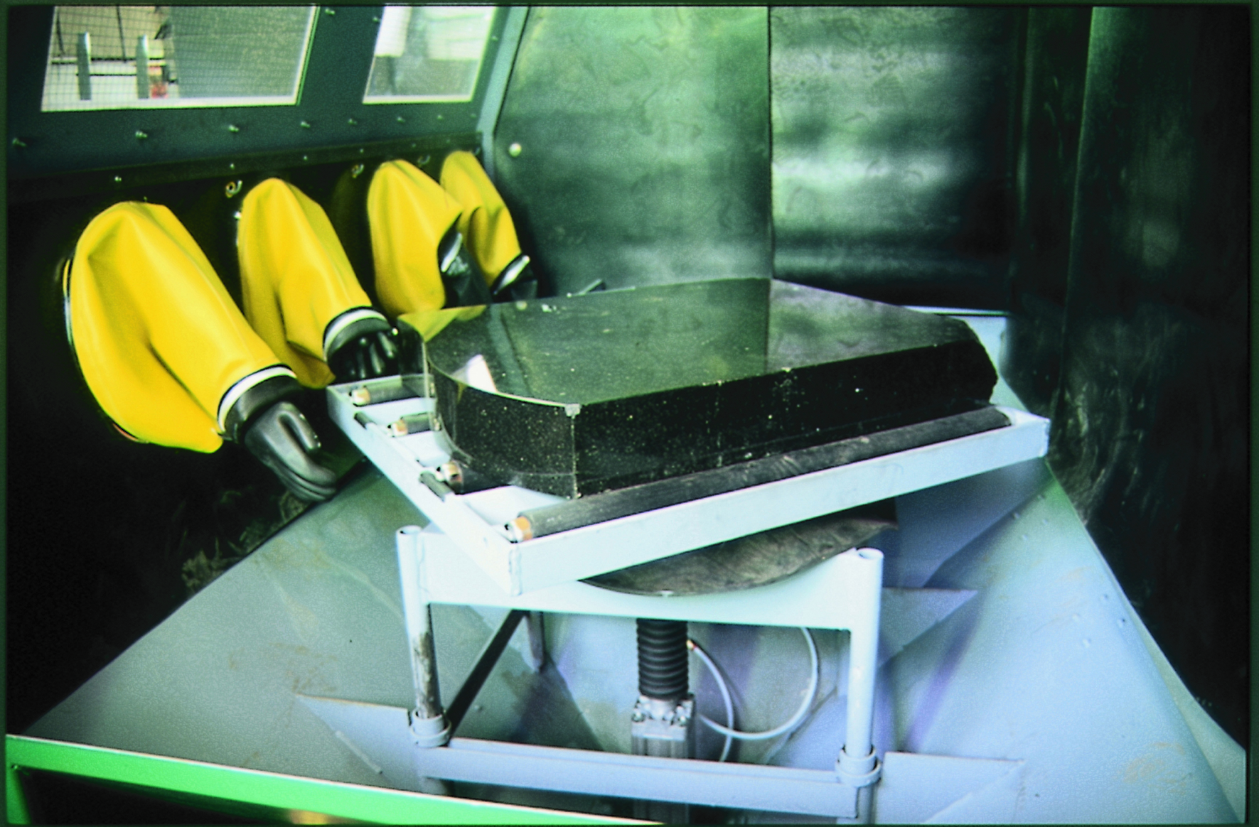 Clemco Industries Blast Cabinets Blast Cabinet Accessories Hodge Clemco Ltd